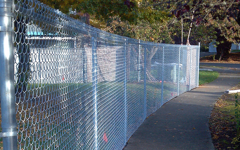 Tall Chain Link Fencing - Sandy
